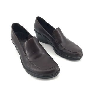 Clarks Brown Loafer Shoes With Wedge Size 7.5